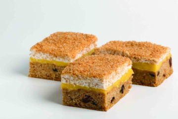 Country Oven  Date & Caramel Slice Mix